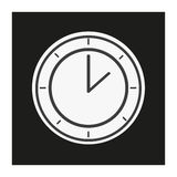 Estilo moderno que mira el reloj blanco y negro Imagen de archivo