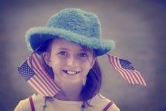 Estilo patriótico de Instagram de las banderas de la muchacha Foto de archivo