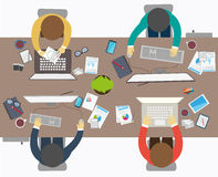 Estilo plano del diseño de la reunión de negocios, oficinista Imagen de archivo libre de regalías