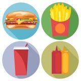Estilo plano determinado de la comida y de la bebida Hamburguesa, coque, microprocesadores, salsa de tomate y mayonesa stock de ilustración