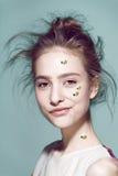 Estilo profesional del maquillaje divertido para la moda de Yong Fotos de archivo libres de regalías