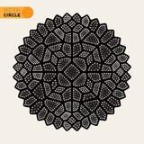 Estilo radial punteado blanco y negro Mandala Ornament del tatuaje del vector Imagenes de archivo