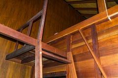 Estilo retro antigo da escadaria a pavimentar em seguida imagem de stock royalty free