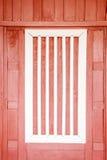 Estilo tailandés de la ventana blanca de madera Foto de archivo libre de regalías
