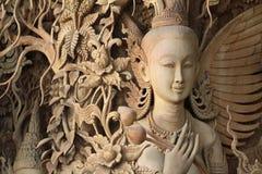 Estilo tailandés de madera de Angel Carved Imagen de archivo libre de regalías