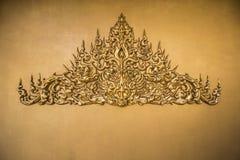 Estilo tailandés del estuco del oro Imagen de archivo libre de regalías