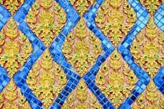Estilo tailandés del modelo del estuco en la pared Foto de archivo libre de regalías