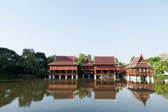 Estilo tailandês da casa velha Imagens de Stock
