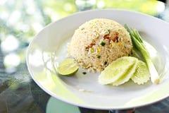 Estilo tailandês do arroz fritado do macro Imagens de Stock Royalty Free