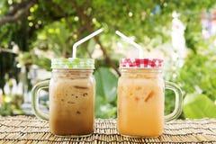 Estilo tailandês do chá e do café de gelo imagem de stock royalty free