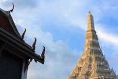 Estilo tailandês do pagode e do templo Fotografia de Stock Royalty Free