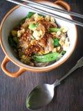 Estilo tailandês do prato - macarronete fritado com ovo Fotografia de Stock