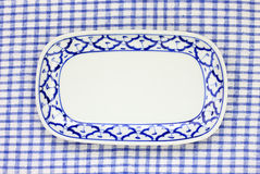 Estilo tradicional do teste padrão azul e branco do abacaxi da placa Fotos de Stock Royalty Free
