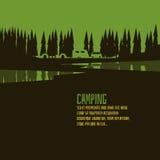 Estilo verde del bosque que acampa Imagen de archivo