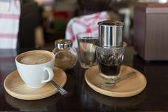 Estilo vietnamita del café del goteo en Vietnam Imágenes de archivo libres de regalías