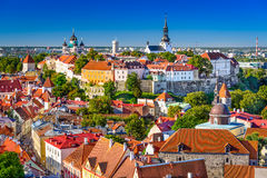 Estland Tallinn horisont Arkivfoto