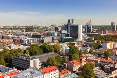 Estland, Tallinn - 25. Mai 2016: Stadtzentrumpanoramablick Tallinns moderner Stockfotografie