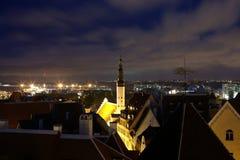Estland, Tallinn, Nacht Oude stad Royalty-vrije Stock Afbeelding