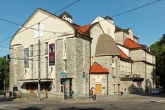 Estlands dramatheater in Tallinn, Estland stock afbeelding