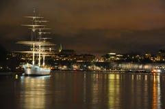 Estocolmo en la noche Foto de archivo libre de regalías
