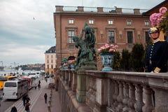 ESTOCOLMO, SUECIA 29 DE AGOSTO DE 2017: Guardia real en Estocolmo Royal Palace Foto de archivo libre de regalías