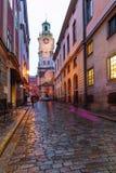 Estocolmo, Suecia: 6, enero de 2019: Las calles de la ciudad vieja en Estocolmo imagen de archivo