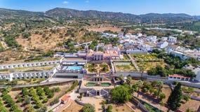 Estoi, Portugal - Setembro, 02 2017: Palacio y jardín Estoi, Algarve, Portugal, Faro de Estoi Fotografía de archivo