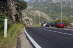 Estrada à montanha ilustração do vetor