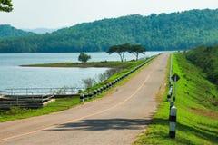 Estrada à natureza Fotos de Stock Royalty Free