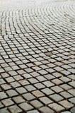 Estrada áspera do pavimento do Cobblestone Fotografia de Stock