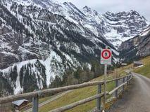 Estrada abandonada da montanha Fotografia de Stock Royalty Free