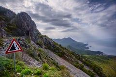 Estrada acima da baía de Boka Kotor montenegro fotografia de stock royalty free