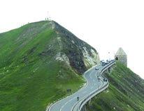 Estrada alpina da montanha na passagem de Grossglockner foto de stock