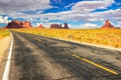 Estrada americana ao vale do monumento, o Arizona Foto de Stock Royalty Free