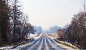 Estrada ao inverno fotos de stock