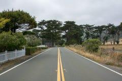 Estrada ao longo do Pacífico, E.U. Califórnia fotos de stock
