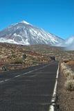 Estrada ao pico do vulcão de Teide Foto de Stock Royalty Free
