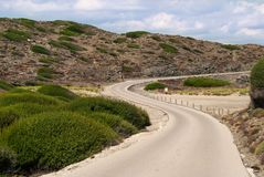 Estrada asfaltada subida Imagens de Stock Royalty Free