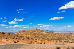 Estrada através do vale do parque estadual do fogo Fotografia de Stock Royalty Free