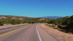 Estrada a Bryce Canyon National Park em Utá