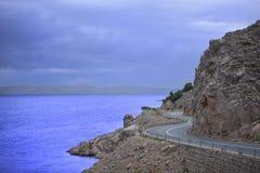 Estrada cénico pelo mar de adriático Fotos de Stock Royalty Free