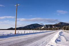 Estrada coberto de neve de Idaho. foto de stock royalty free