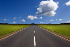 Estrada com borrão de movimento Fotografia de Stock
