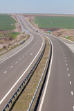 ? estrada da maneira do wo em Bulgária A1 Trakia Imagem de Stock