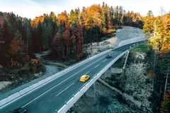 Estrada da montanha entre Sarajevo e Tuzla Fotografia de Stock