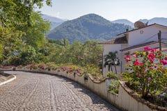 Estrada da pedra em montanhas Imagens de Stock Royalty Free