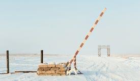 A estrada da vida no Lago Ladoga durante o bloqueio de Leninegrado durante a segunda guerra mundial foto de stock