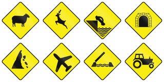 A estrada de advertência assina dentro a Irlanda ilustração stock