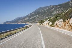 Estrada de Antalya Kas-Patara no meio Imagens de Stock Royalty Free