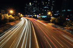 Estrada de cidade na noite Foto de Stock